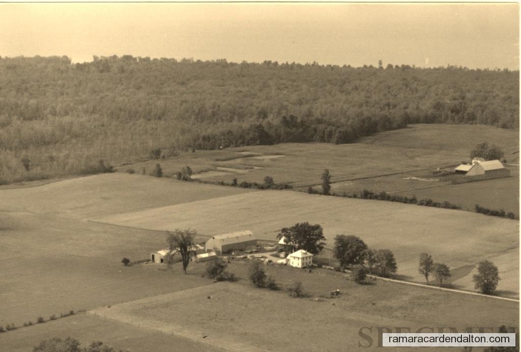 Lamb Farm from the sky july 1986 (2016_03_10 08_44_47 UTC)