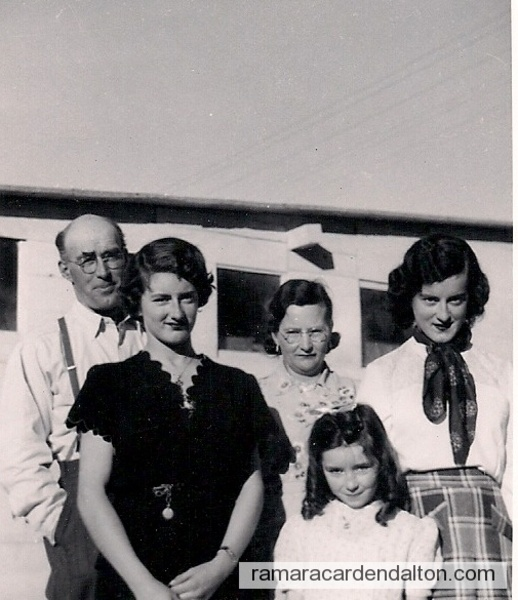 Michael Holmes, wife Elsie, daughters Geraldine, Nora Mae, Eleanore circa1951
