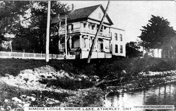 Atherley Simcoe a Lodge1915