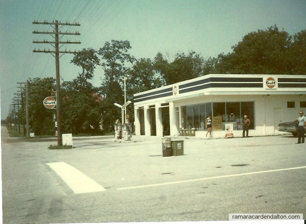 Robertson's Gas Station