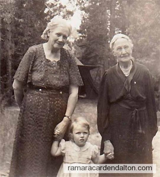Mary Jane (HOLMES) Meston, & Janet (Hubbard) Holmes-Goodrich