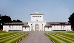 COULTER & McLAUGHLIN /Runnymede Memorial- Surrey, United Kingdom