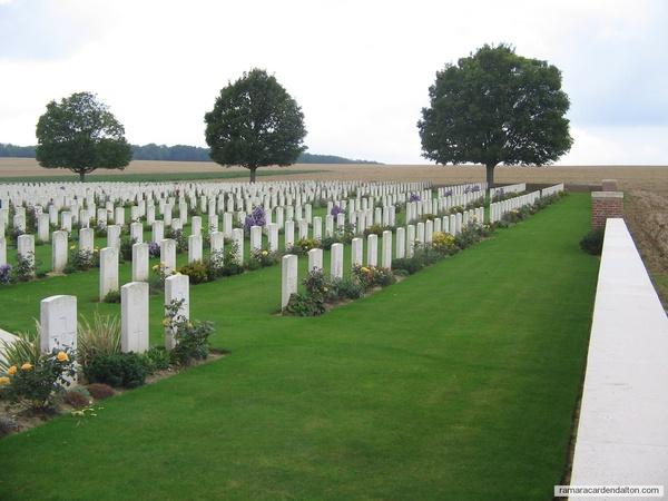 A. Bethune & M. CLARKE / Villers Station Cemetery, Pas de Calis, France