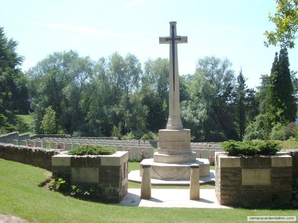 H. FOUNTAIN / Bourlon Wood Cemetery, Pas de Calais, France