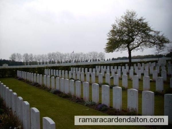 S. GINSBERG / La Targette British Cemetery, Pas de Calais, France