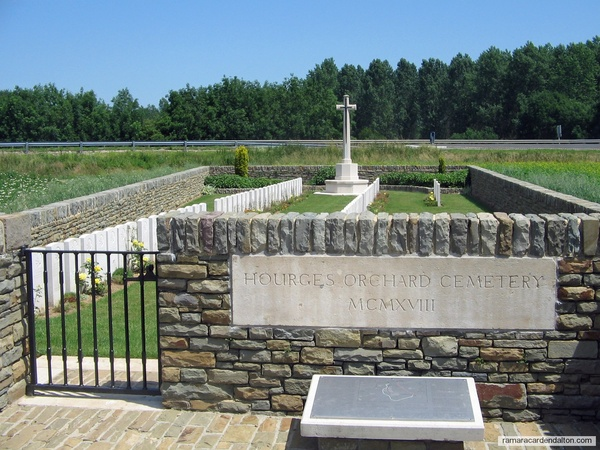 Wm. J. WILLIAMS /Hourges Orchard Cemetery, Domart-sur-la-Luce, Somme, France