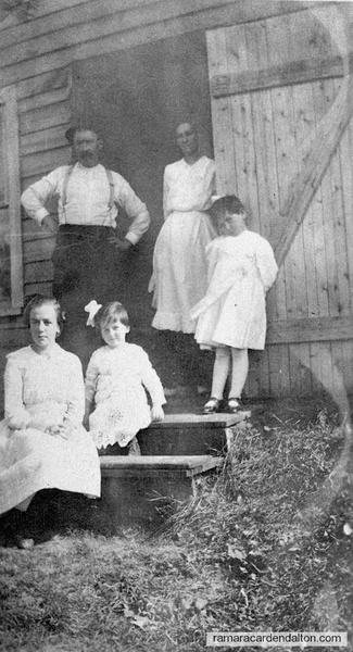 Doherty Family on 13th Farm (Tahaney)