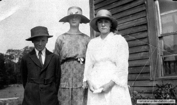 Willie, Annie, & Gladys Doherty (children of Bill & Rose Doherty)