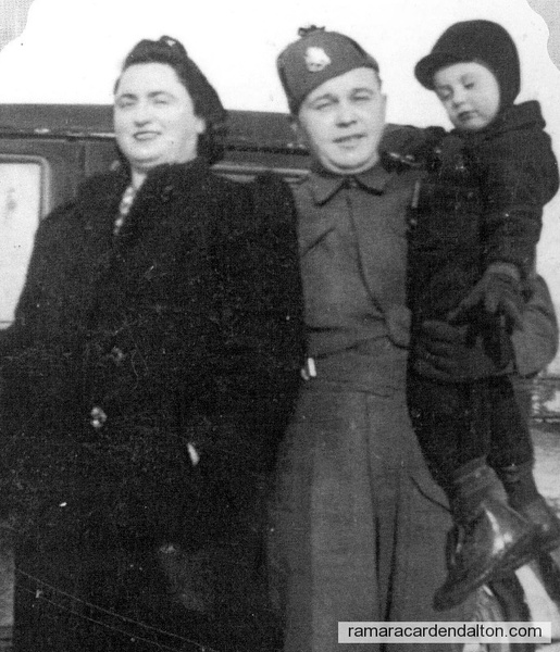 Mary (nee Lee) & Dick Butler with son Jim