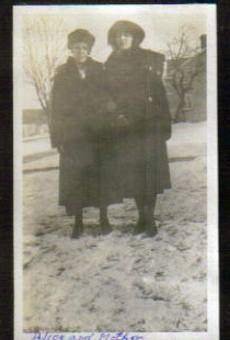 Alice and Mother 1921